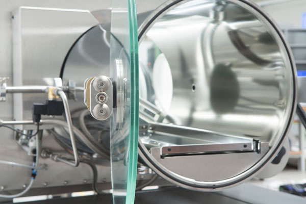 GS MEGA-Line, detail view, door made of glass of the Ø400 antechamber